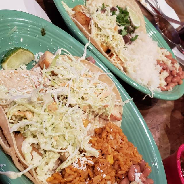 CocoBolos Woodfired Grill & Cantina, Overland Park, KS