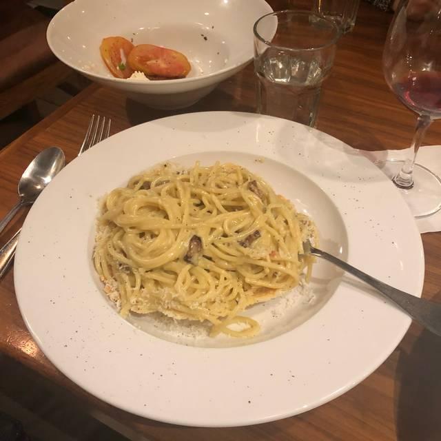 VIA UNO Cucina Italiana & Bar, Half Moon Bay, CA