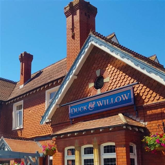The Duck & Willow, Bristol, Bristol