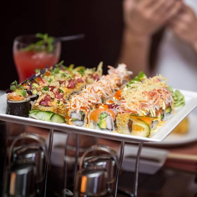 Sushi Maki - Teatro Restaurant - Towers Rotana, Dubai, Dubai