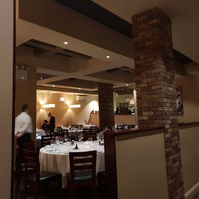 Mike's Bistro - UES, New York, NY