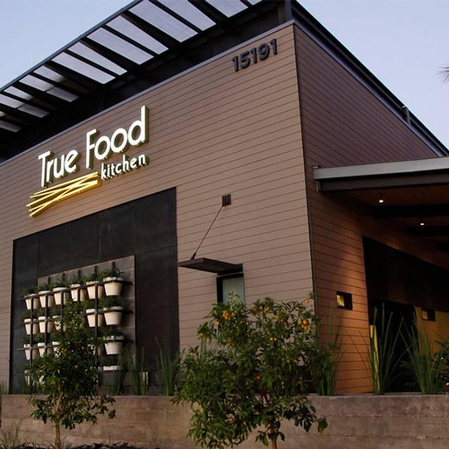 Scottsdale Exterior - True Food Kitchen - Scottsdale, Scottsdale, AZ