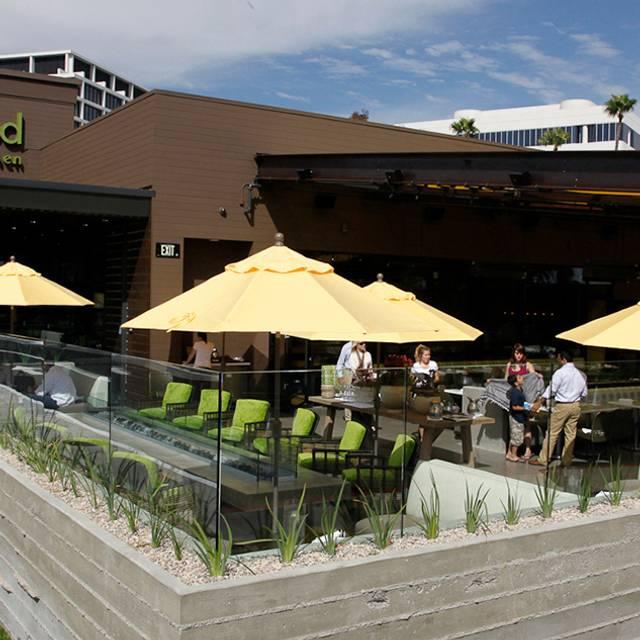 Newportbeach Exterior - True Food Kitchen - Newport, Newport Beach, CA
