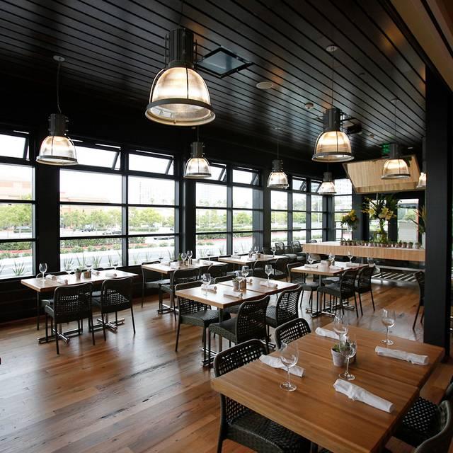 Newportbeach Interior - True Food Kitchen - Newport, Newport Beach, CA
