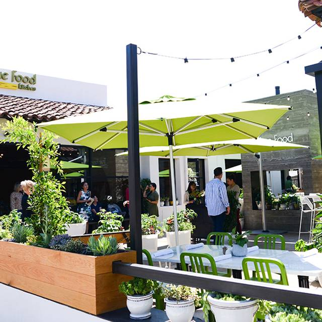 Pasadena Exterior - True Food Kitchen - Pasadena, Pasadena, CA
