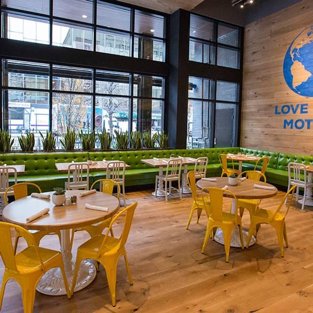 True Food Kitchen - Chicago, Chicago, IL
