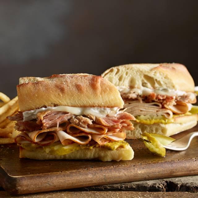 Havana Club - 54th Street Restaurant & Drafthouse - Lewisville, Lewisville, TX