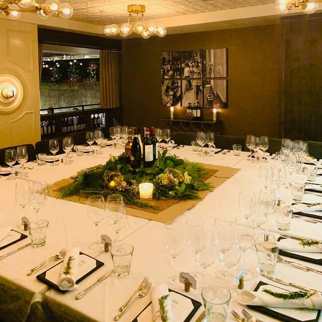 Wine Dinner - Italian Kitchen - Vancouver, Vancouver, BC