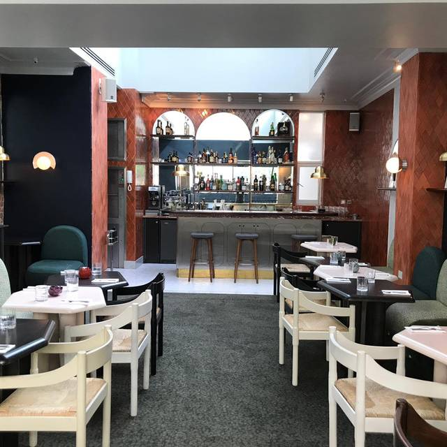 Mezzanine - Henrietta Bistro, London