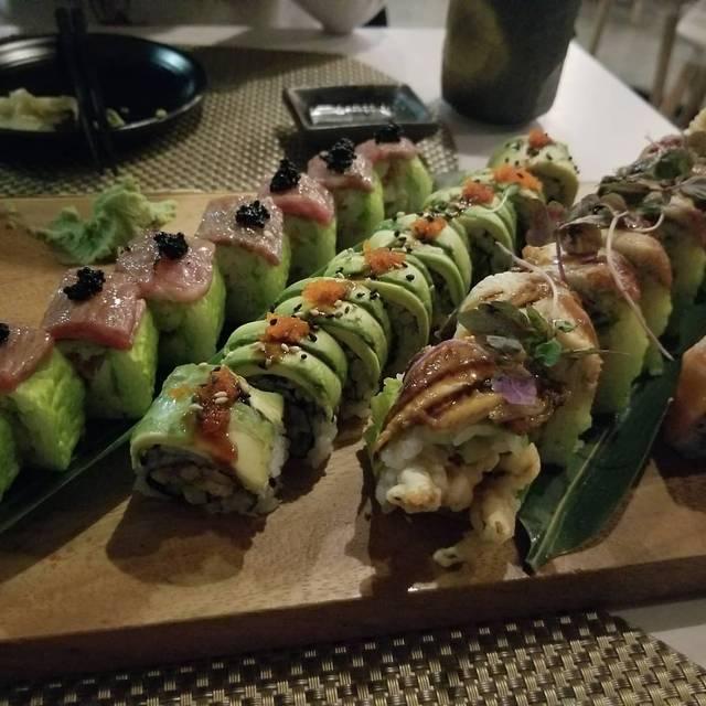 Sushi Momento, Brookline, MA