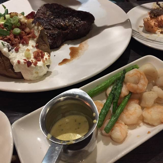 The Keg Steakhouse + Bar - Richmond South, Richmond, BC