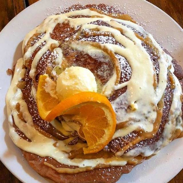 Cinnamon Roll Pancake - Mable's Table, Chicago, IL