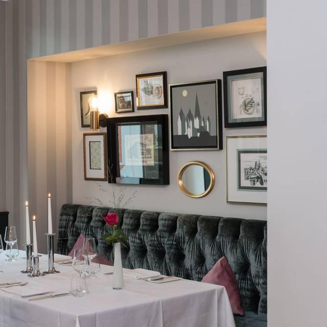 Restaurant Im Dom Hotel Restaurant Limburg He Opentable