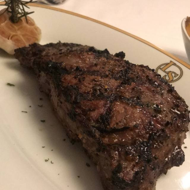 Larsen's Steakhouse - La Jolla, San Diego, CA