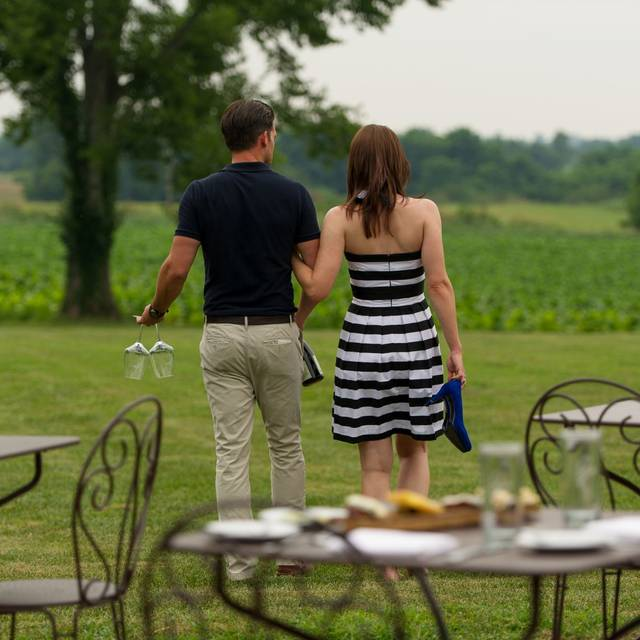 Patio Dining Couple Stroll On Lawn - Jean Farris Winery & Bistro, Lexington, KY