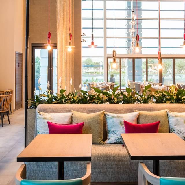 Zeste - Holiday Inn Dubai Festival City, Dubai, Dubai