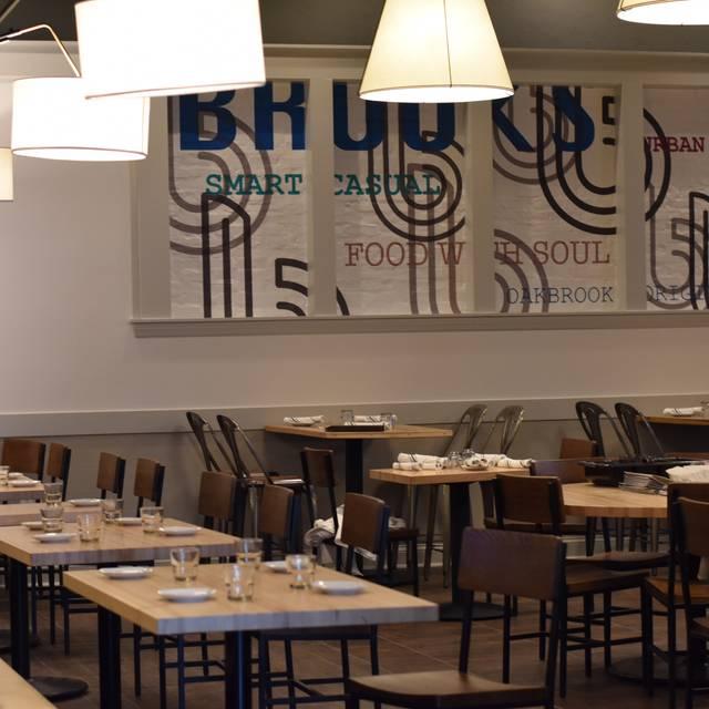 dining - Brooks Kitchen & Tap, Oakbrook Terrace, IL
