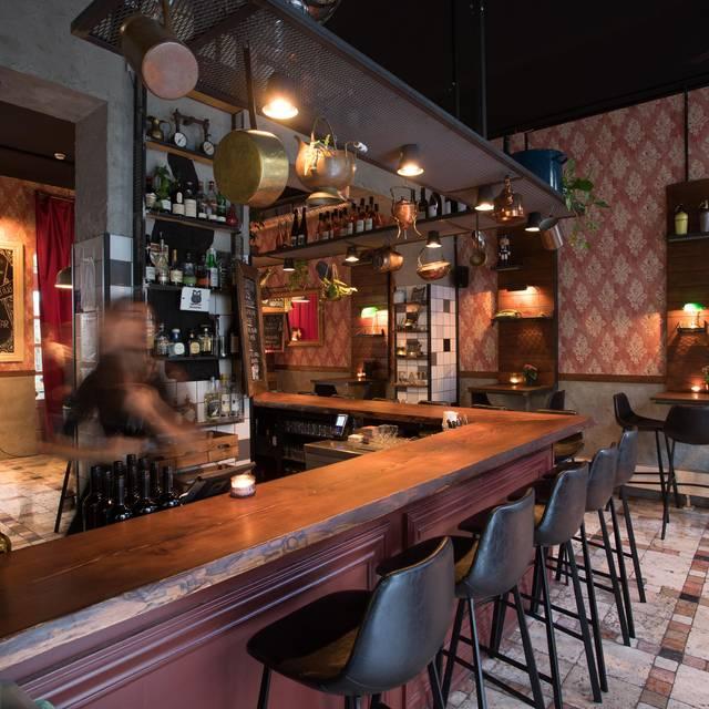 In The Night Kitchen: Night Kitchen Restaurant - Berlin, BE