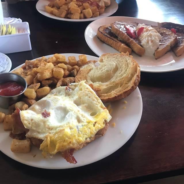 Mimosa Restaurant and Lounge - San Antonio, TX, San Antonio, TX