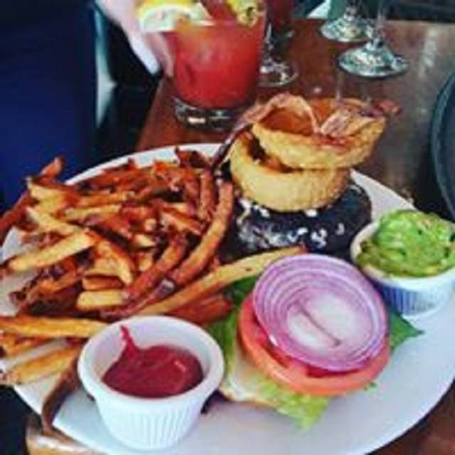 Tuttles Bar & Grill, New York, NY