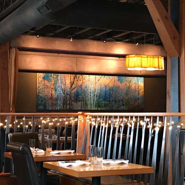 Celilo Restaurant & Bar, Hood River, OR