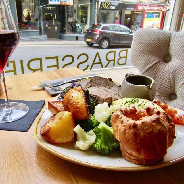 Sunday Roast - The Brasserie @ The Royal Kings Arms, Lancaster, Lancashire