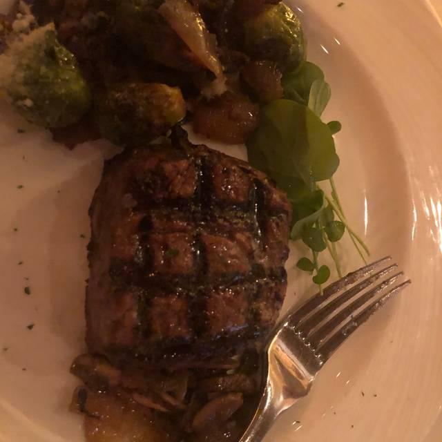 Eddie Merlot's Prime Aged Beef & Seafood - Columbus, Columbus, OH