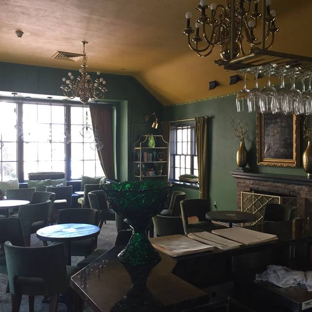 Carriage House Restaurant, Millburn, NJ