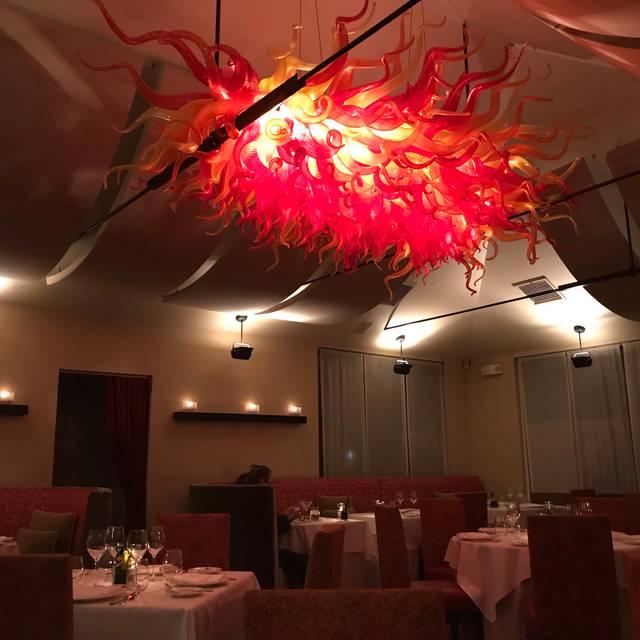 Restaurant Nicholas, Red Bank, NJ