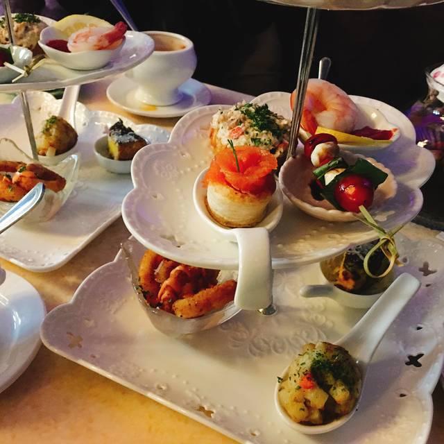 Madeline Garden Bistro & Venue Restaurant