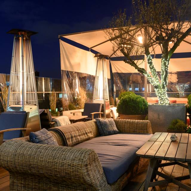 Rooftop Bar & Grill at Boundary London, London