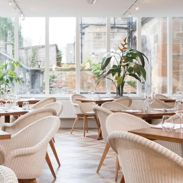 Restaurant - Terrace Restaurant at Crowne Plaza Edinburgh - Royal Terrace, Edinburgh