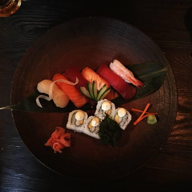 J Sushi, Philadelphia, PA