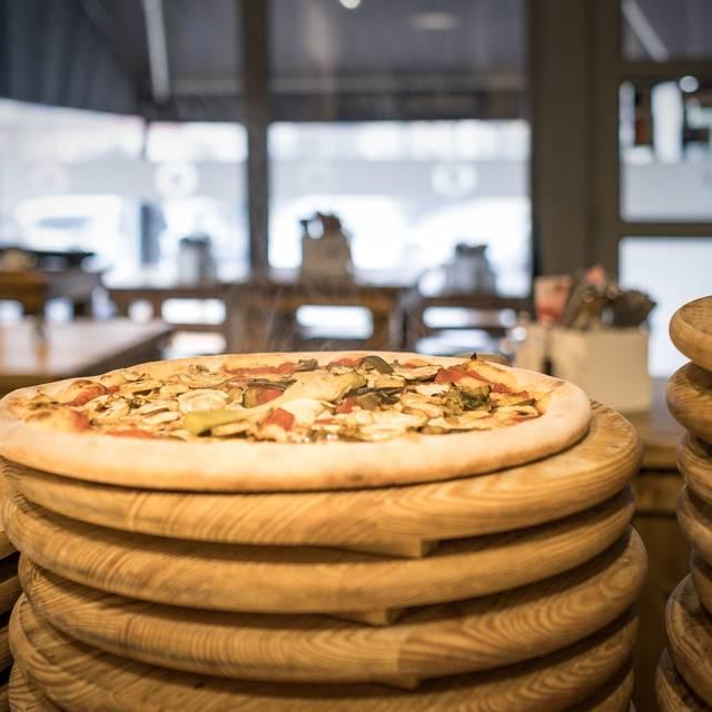 Pizzeria Al Volo, Hamburg