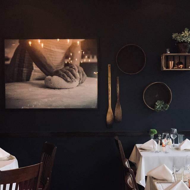 Frankie's Dining Room - Frankie's Ristorante, Tinley Park, IL