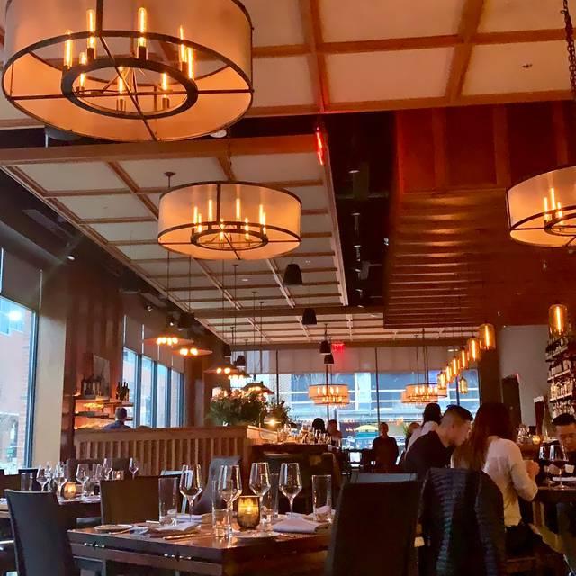 Oak Steakhouse - Raleigh, Raleigh, NC
