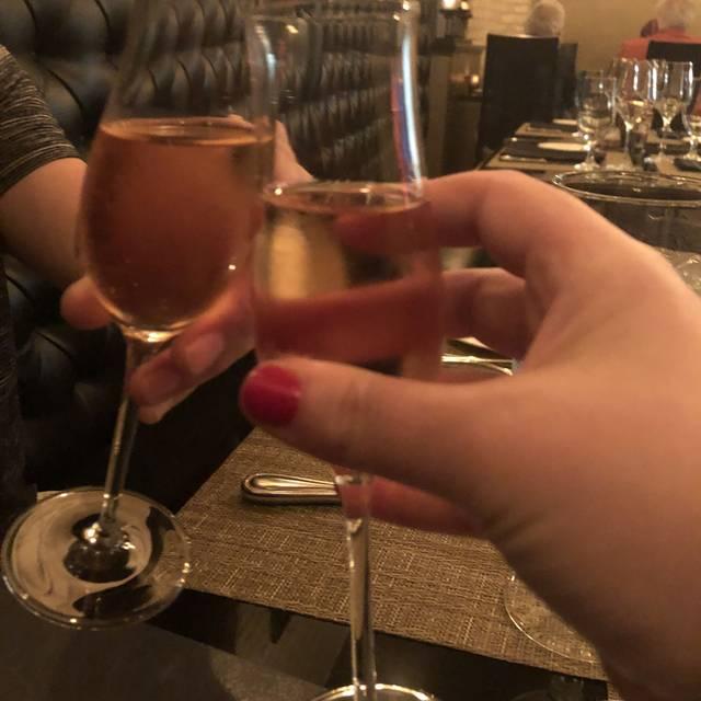PepeNero Ristorantino Italiano / Ballaro Wine Lounge
