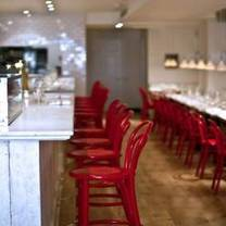 photo of murray's cheese bar restaurant