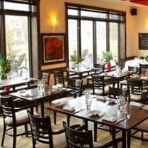 photo of bistro 4 saisons restaurant