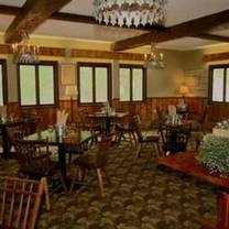 foto von red slate at the upper pass lodge restaurant