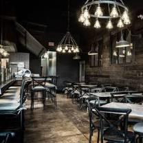 foto von posto pizzeria and bar restaurant
