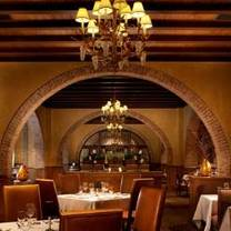 photo of old hickory steakhouse at the gaylord texan restaurant