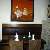 foto de restaurante lotus grill & noodles