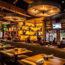 photo of solita tacos and margaritas - valencia restaurant