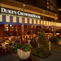photo of duke's seafood & chowder - southcenter restaurant