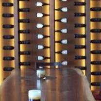 foto von kitchen76 at two sisters vineyards restaurant