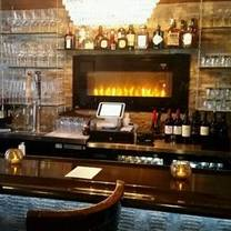 photo of bowdies chophouse - saugatuck restaurant