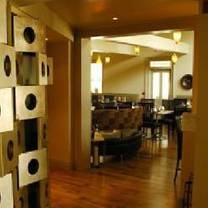 photo of zees grill restaurant