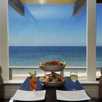 photo of gladstones restaurant