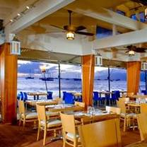 photo of honu seafood and pizza - lahaina restaurant